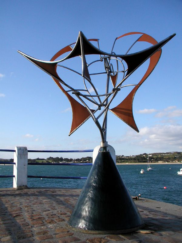 Kinetic Or Mobile Sculpture Or Statue Sculptures For