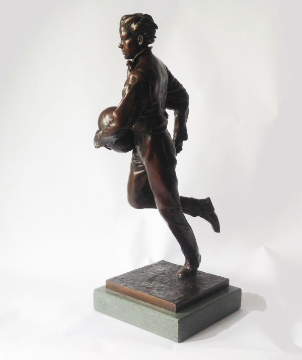 Bronze on Slate Sport sculpture by sculptor Graham Ibbeson titled: 'William Webb Ellis sculpture (Rugby Player statuette)' - Artwork View 2