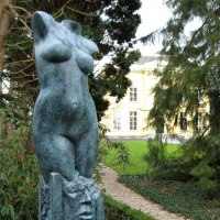 Nude Garden Yard Outdoor Outside Sculpture Statues by sculptor artist Eppe de Haan titled: 'Ommaggio (female)' in Bronze