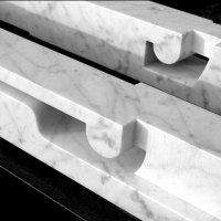 Figurative Abstract Modern or Contemporary Sculpture Statues statuary statuettes figurines by sculptor artist Tam�s Bar�z titled: 'Parallels (Contemporary White marble Lips sculptures)' in White