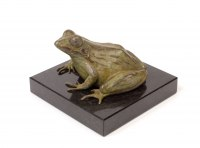 Bronze African Animal and Wildlife sculpture by Camilla Le May titled: 'Common African River Frog (Small Bronze Ornaments)'